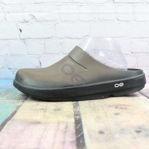 OOFOS Rubber Post Recovery Clogs Size M 9 / L 11
